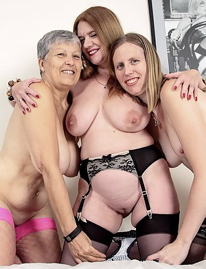Big Tits Lesbian Threesome Porn Pictures
